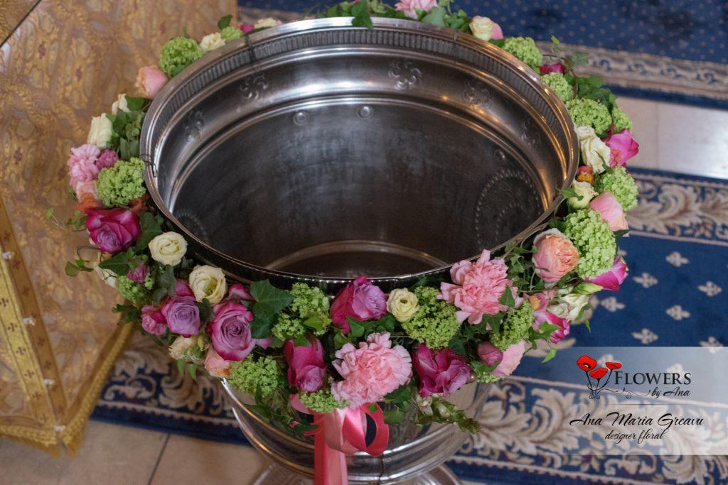 aranjament cristelnita botez